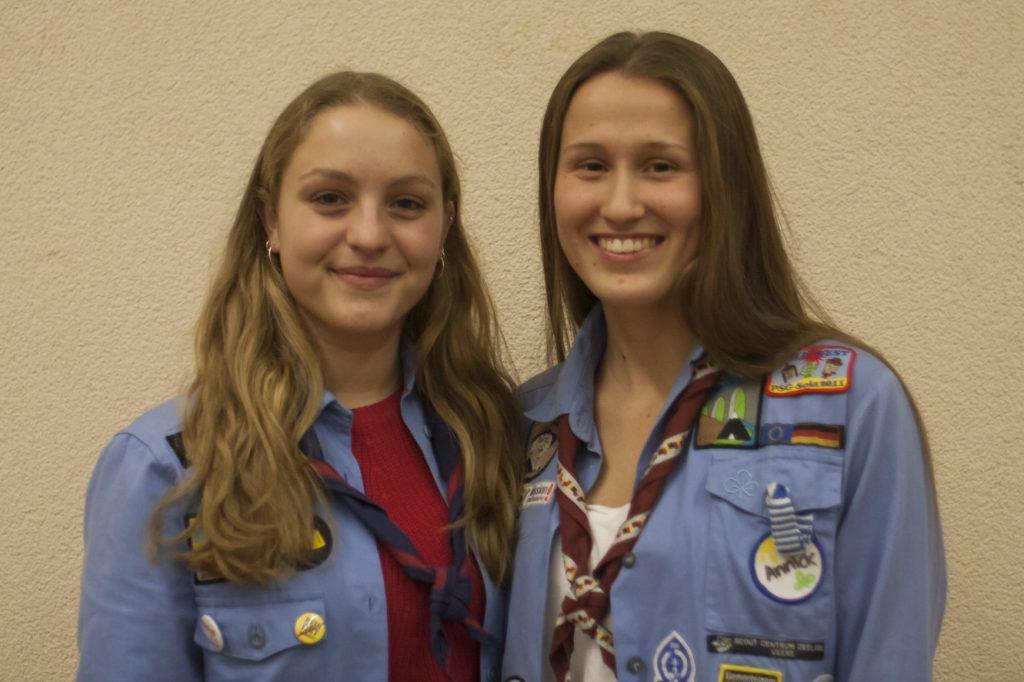 Unsere neue Stammesleitung Anna Klüsener und Annick Breitenbach (fehlend Maja Schumacher)